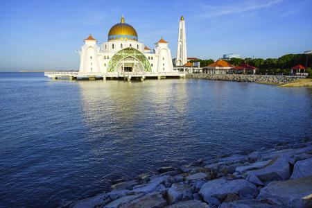 istanbul beach: Malacca Straits Mosque ( Masjid Selat Melaka), It is a mosque located on the man-made Malacca Island near Malacca Town, Malaysia