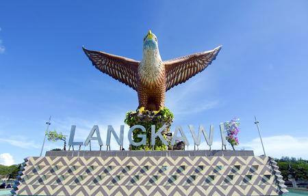 Grote eagle standbeeld, het symbool van Langkawi island, Maleisië Stockfoto