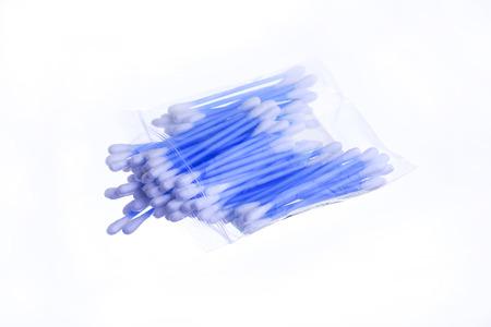 Bourgeon en coton isolé sur fond blanc Banque d'images - 82970615