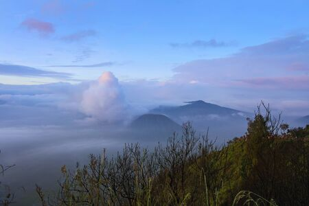 Majestic view of Mount Bromo with dramatic cloud formation 免版税图像