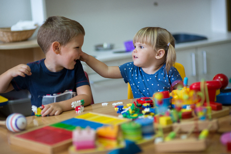 kindy: Learning while playing with montessori toys