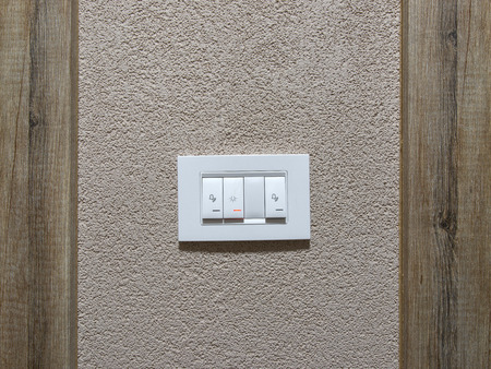Multifunctional switch on waal