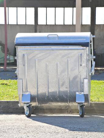 New metal trash can in street 版權商用圖片
