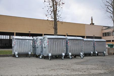 Warehouse storage new garbage containers 版權商用圖片