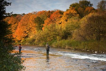 男性 2 人秋の釣り 写真素材