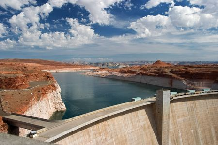 glen: Glen Canyon Dam and Lake Powell