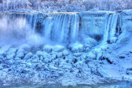 horseshoe falls: American Falls in Winter Niagara Falls, Canada