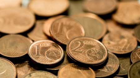 wil: background full of Euro cents, copper coin, one and two cents coin wil be dismissed