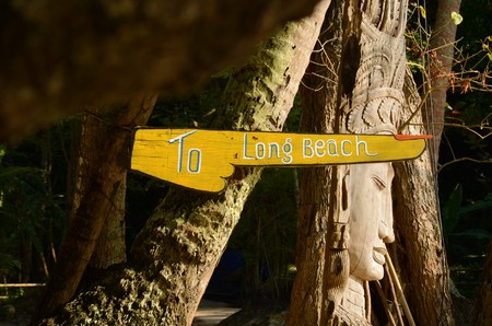 phi phi: A big yellow sign is pointing to Long Beach in Koh Phi Phi