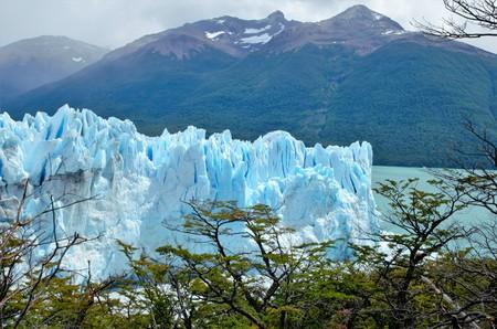 el calafate: Panoramic view of the Perito Moreno glacier in El Calafate, Argentina