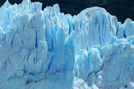 azul turqueza: Primer plano del glaciar Perito Moreno en El Calafate, Argentina