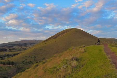 Foto tomada de Puna Pau, un volcán extinto donde se construyeron los pukaos, en la isla de Pascua, Rapa Nui, Chile, América del Sur Foto de archivo
