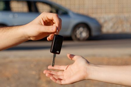passing over: passing key to new or hire car