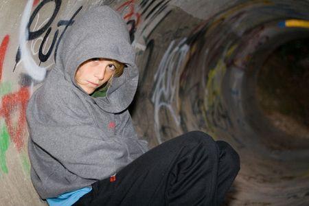 ni�os tristes: solo ni�o deprimido Foto de archivo