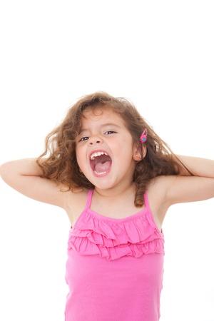 niño cantando: niño niña cantando o gritando