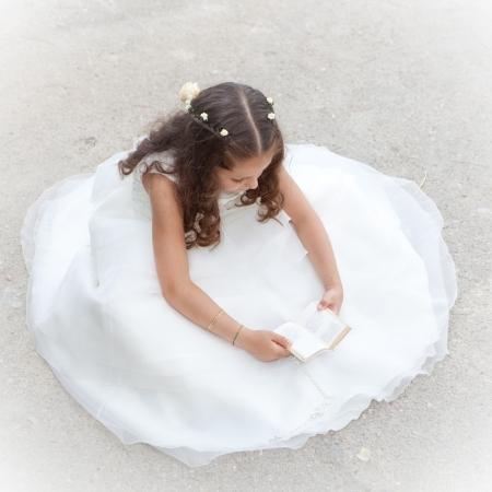 confirmacion: la primera comunión o confirmación, biblia infantil de lectura o libro de oraciones