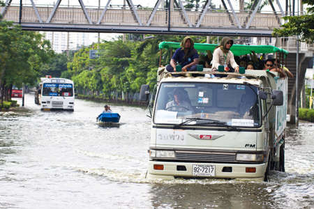 heavy flooding in thailand
