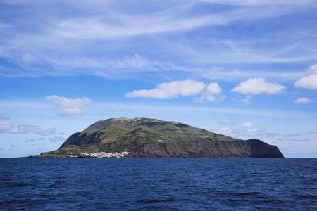 rim: View to Corvo island on Azores (Portugal, Europe)