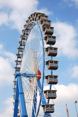 Ferris wheel at the Octoberfest in Munich Stock Photo - 2982811