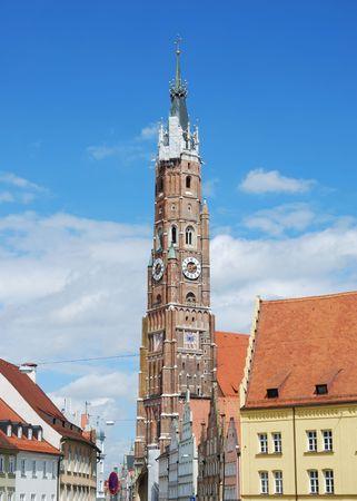 clinker: San Martino chiesa di Landshut Baviera con la pi� alta torre di clinker il mondo.  Archivio Fotografico