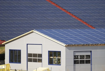 Solar panels producing alternative energy Standard-Bild