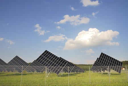 Alternative energy with a field of solar panels. Stock Photo - 7432295