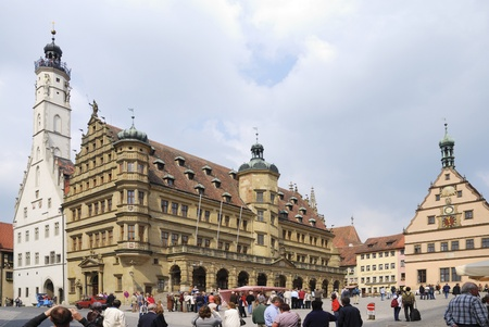 market place: Tourists at the market place of Rothenburg ob der Tauber