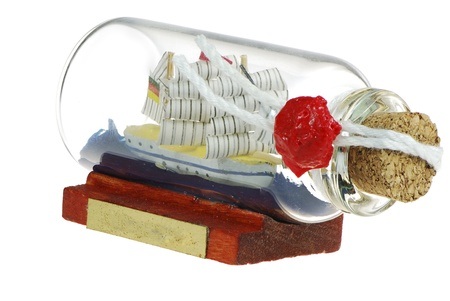 sealed: Sailing ship in a sealed impossible bottle