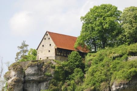 schweiz: Pottenstein Castle in Franconian Switzerland (Fraenkische Schweiz), Germany