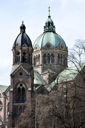 ルーク: ミュンヘン (Lukaskirche) の聖ルカのルーテル教会