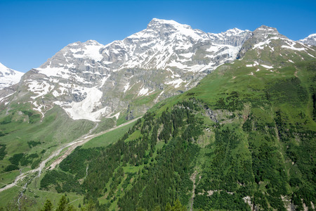 hohe tauern: Mountain peaks in the national park Hohe Tauern in Austria. Stock Photo