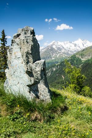 hohe tauern: Alpine view at the Hohe Tauern mountain range in Austria