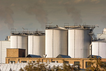 chemical plant: Luchtvervuiling in een chemische fabriek