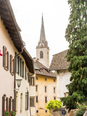 Iglesia de Kaltern (Caldero) en Tirol del Sur, Italia