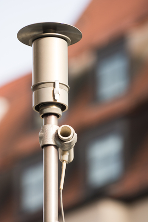 Instrument for measuring air pollution, pollutant emission and fine dust