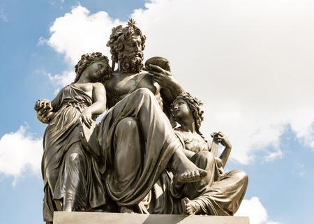 johannes: Sculpture at the Schlossplatz in Dresden, built 1868 by Johannes Schilling.
