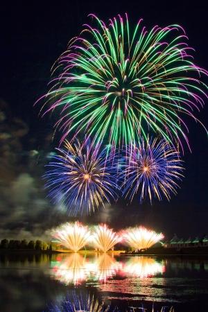 Winning Fireworks by USA in Globalfest Fireworks Festival 2012, Calgary, Alberta, Canada Stock Photo - 16347917