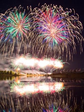 Winning Fireworks by USA in Globalfest Fireworks Festival 2012, Calgary, Alberta, Canada Stock Photo - 16347918