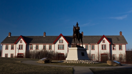 James Macleod Statue in fron of Calgary Fort Stock Photo - 18402911