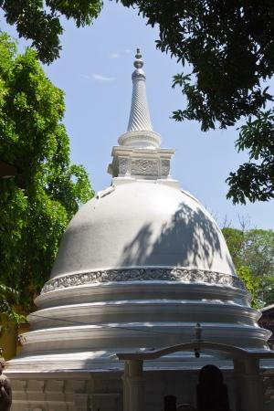 buddhist stupa: Gangaramaya estupa budista, Colombo, Sri Lanka Foto de archivo