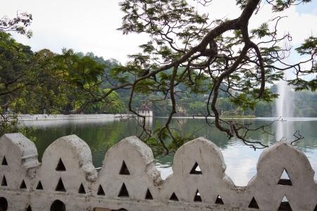 kandy: Famous Kandy Lake, Central province, Sri Lanka