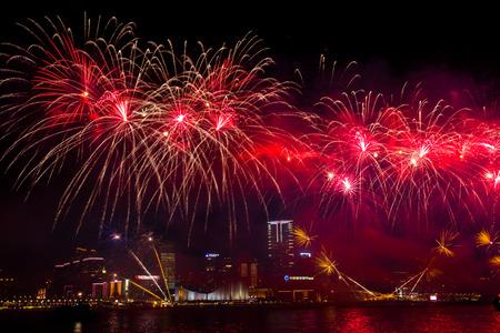 불꽃 놀이는 홍콩에서보기 에디토리얼