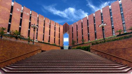 De Hong Kong Polytechnic University PolyU in Hung Hom, Hong Kong Het is de grootste door de overheid gefinancierde tertiaire instelling in Hong Kong Redactioneel