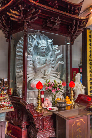 jade buddha temple: A statue at the Jade Buddha Temple is a Buddhist temple in Shanghai, that houses two jade Buddha statues which had been brought from Burma by a monk named Huigen.