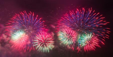 아름 다운 불꽃 놀이