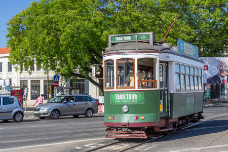 electrico: Lisbon tram tour in historical route