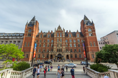 knightsbridge: The Royal College of Music. It is a conservatoire established by royal charter in 1882, located in South Kensington, London, UK.