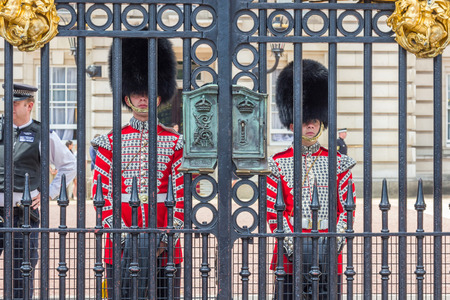 reigning: The Queens Guard at Buckingham Palace in London, UK. They are called Kings Guard and Kings Life Guard when the reigning monarch is male. Editorial