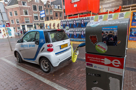 marketed: The Smart Fortwo electric drive, or smart ed, is a battery electric vehicle variant of the Smart Fortwo city car, formerly marketed as the Smart Fortwo EV.