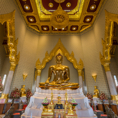 mit: The Golden Buddha, officially titled Phra Phuttha Maha Suwana Patimakon, is a gold statue located in the temple of Wat Traimit, Bangkok, Thailand.